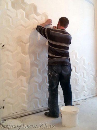 Монтаж гипсовых 3D панелей профессионалами студии «Лепной декор»