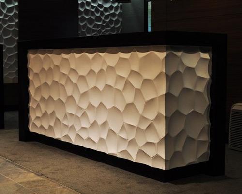 Гипсовая 3D панель «Ракушки» в интерьере